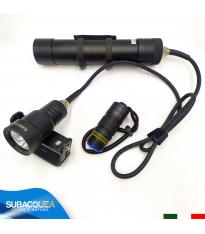 Torcia Subacquea Speleo S.S.N., Modello H04, Maniglia Goodman, 3 LED XM L2 U2, 3000 Lm
